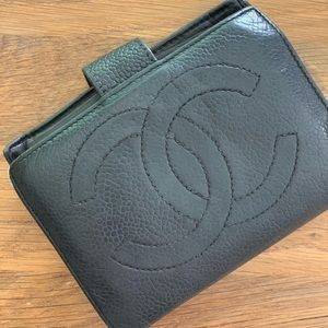 Retro chanel authentic wallet black leather